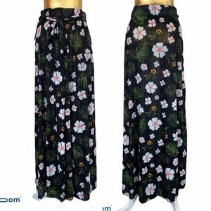 Lida collection maxi long skirt floral tie infront